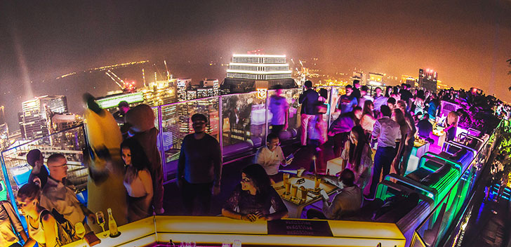 The 7 Best Rooftop Bars in Singapore